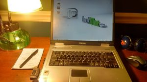 My 10-year-old Toshiba Satellite laptop running Linux Mint